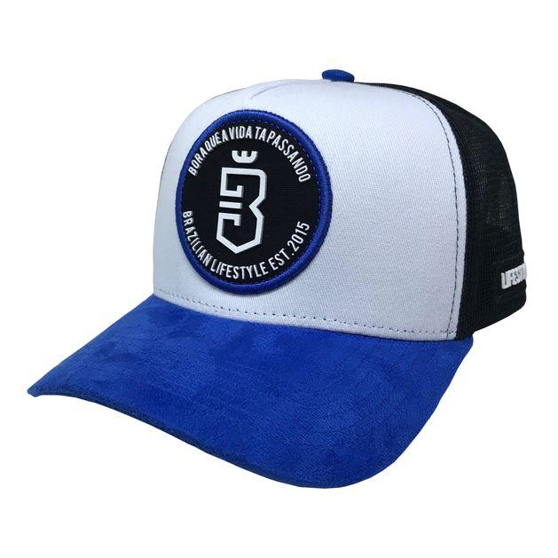 Boné Trucker Escudo Azul Preto - usebora e5257c1e1bf