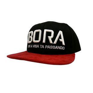 Bone_Aba_Reta_Bora_PretoVermel_967